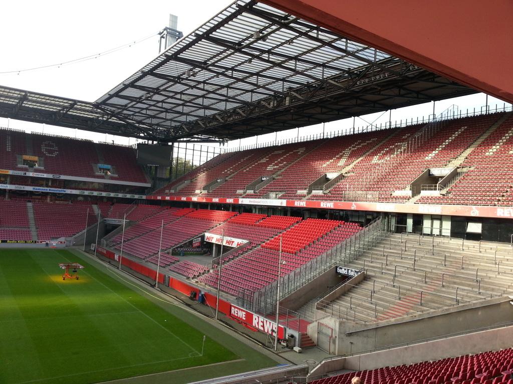 Rhein Energie Stadion Innenraum 2