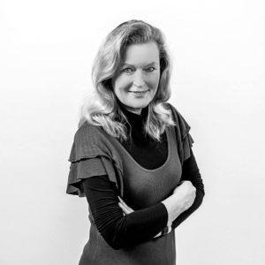 Karin Pawlik-Passade