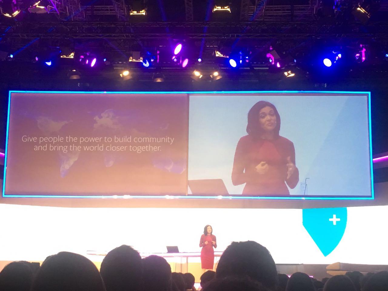 Facebook-COO Sheryl Sandberg mit der Keynote